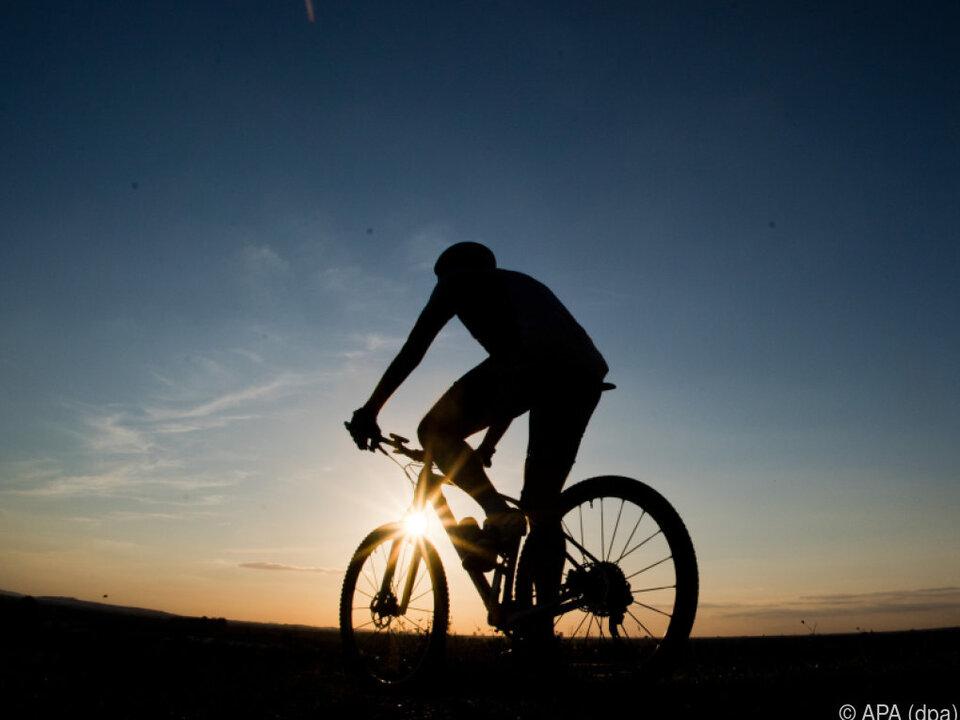 Heimische Wirtschaft bewirbt das Radfahren