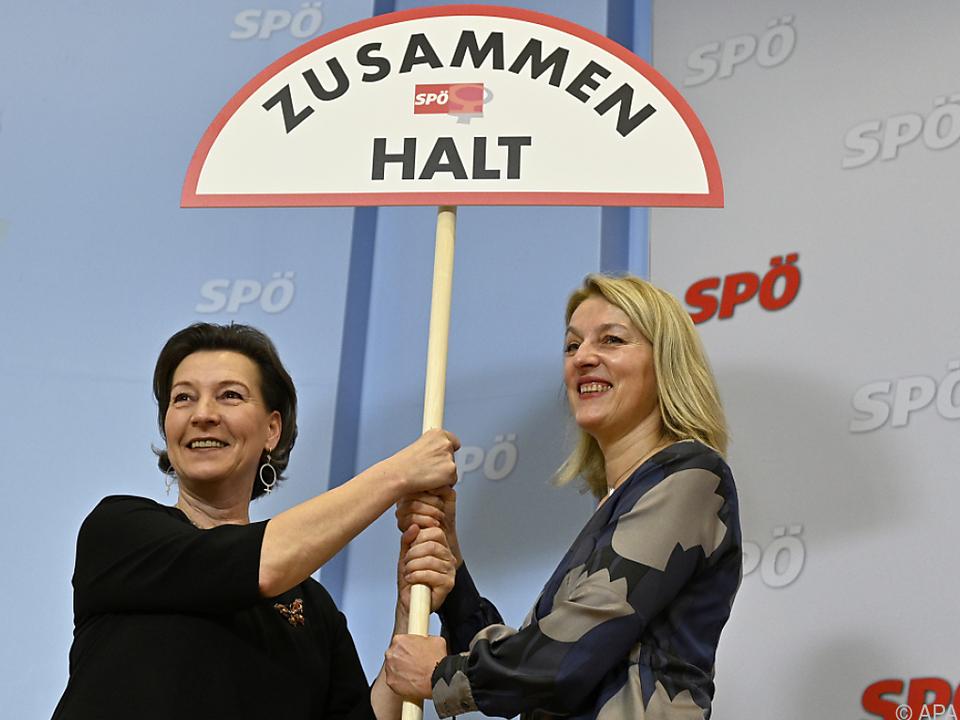 Heinisch-Hosek und Regner mi Kritik an Regierung