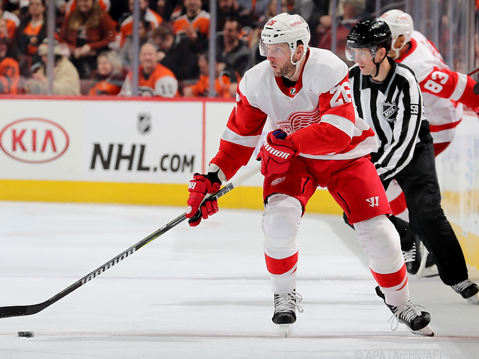 HKO - HKN - SPO - DETROIT - RED - WINGS - V - PHILADELPHIA - FLYERS