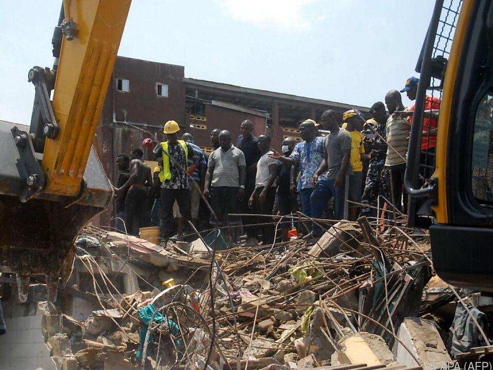 In dem eingestürzten Gebäude befand sich eine Schule