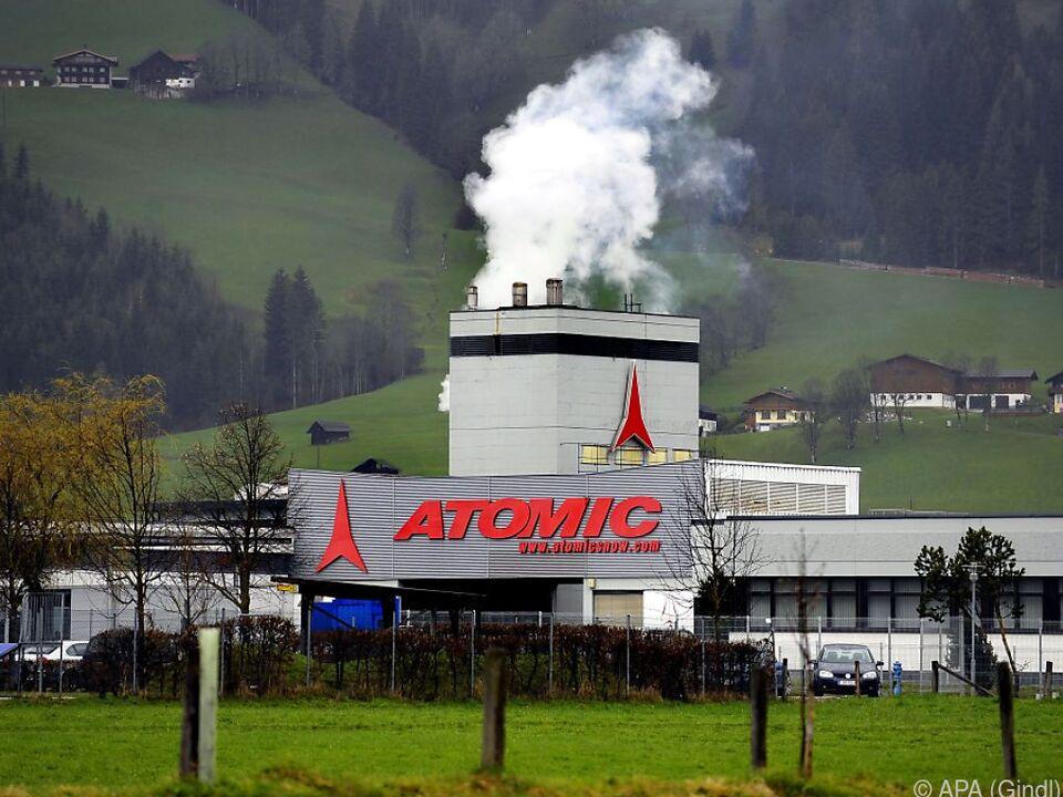 In der Atomic-Fabrik in Altenmarkt wird noch produziert