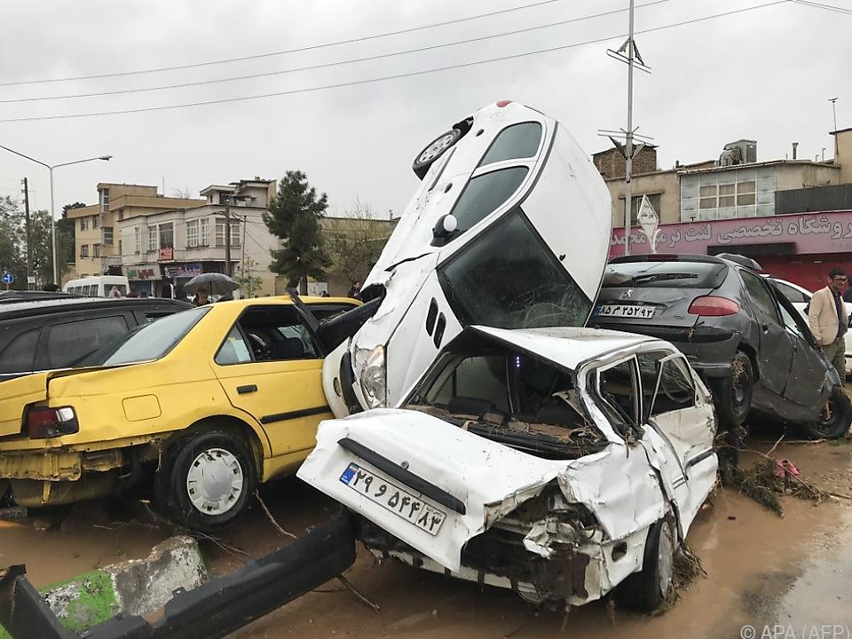 In der Stadt Schiras wurden 19 Tote gemeldet