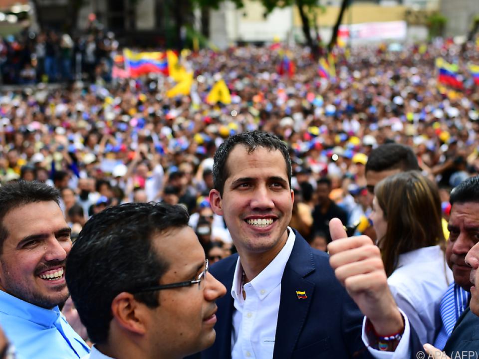 Juan Guaido ist weiter gefährdet verhaftet zu werden
