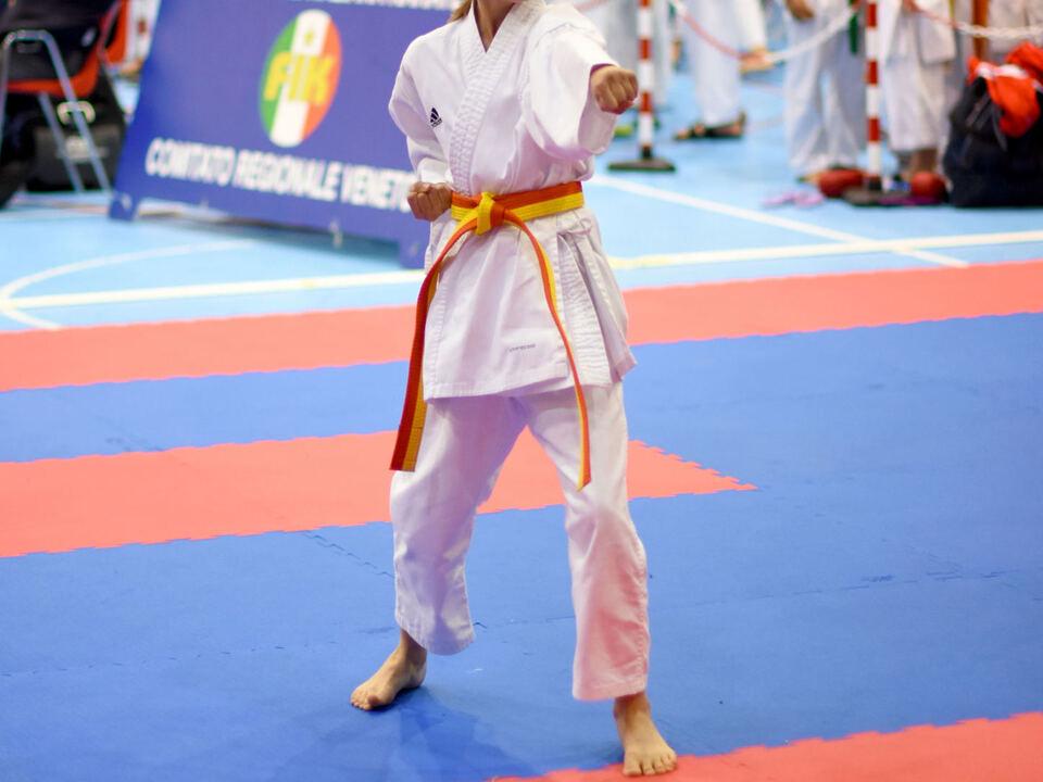 KATA---Celina-Volgger-bei-ihrem-ersten-Wettkampf