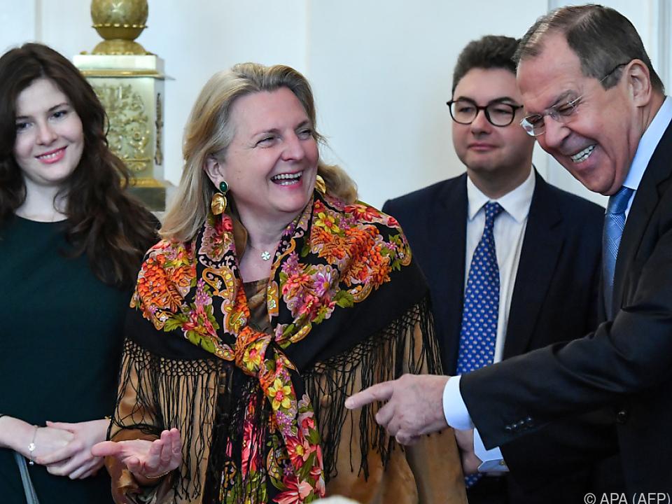 Kneissl zu Gast bei Lawrow in Moskau