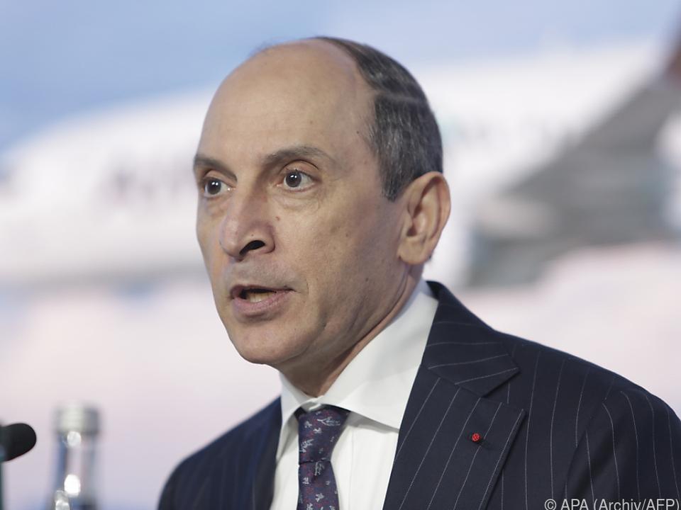 Konzernchef Baker verschiebt Auslieferung eines MAX-Jets