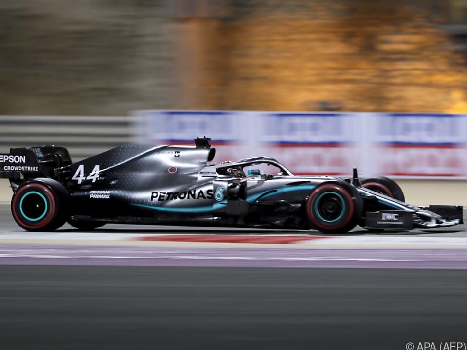 Lewis Hamilton feierte glücklichen Sieg in Bahrain