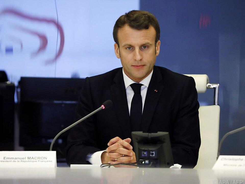 Macron kündigte \