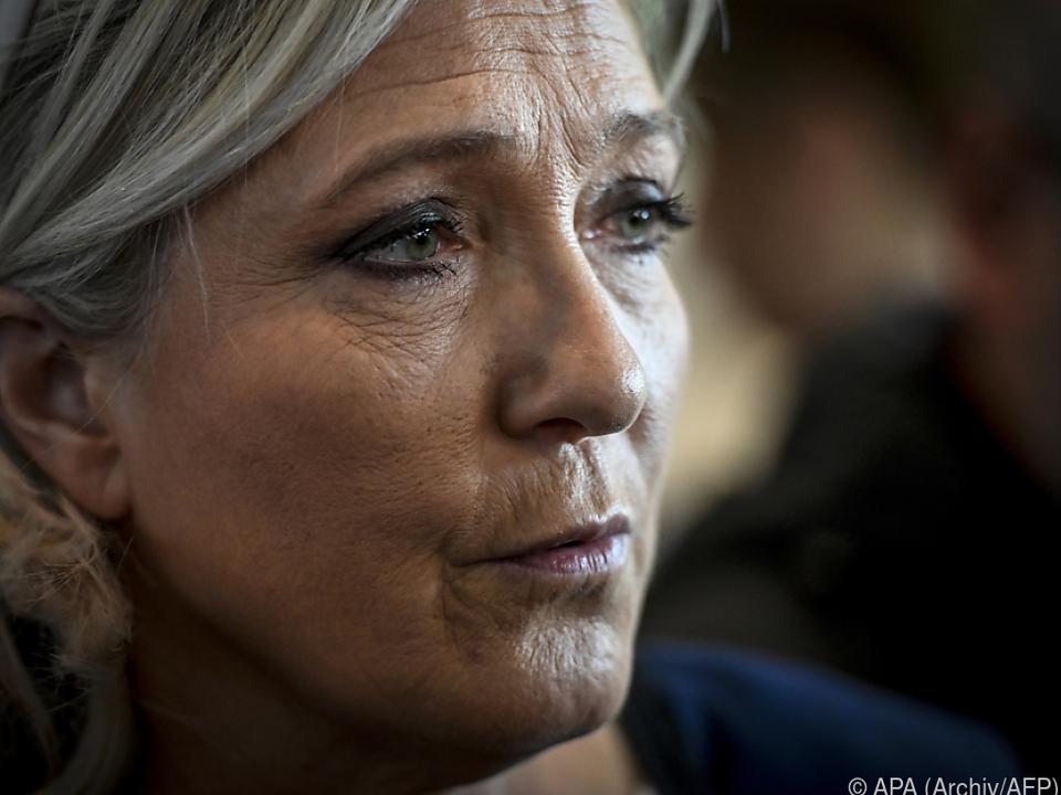Marine Le Pen drohen bis zu drei Jahre Haft