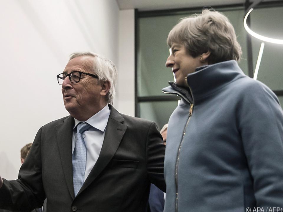 May traf Juncker