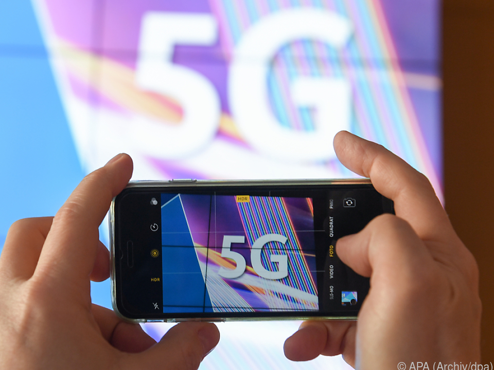 Mobilfunkgeneration 5G erfordert besonders dichtes Netz