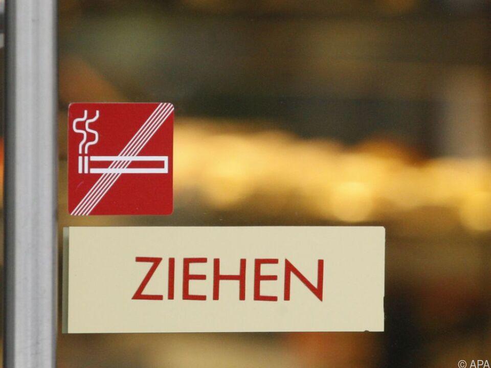 ÖVP und FPÖ schmetterten komplettes Rauchverbot in Gastronomie ab