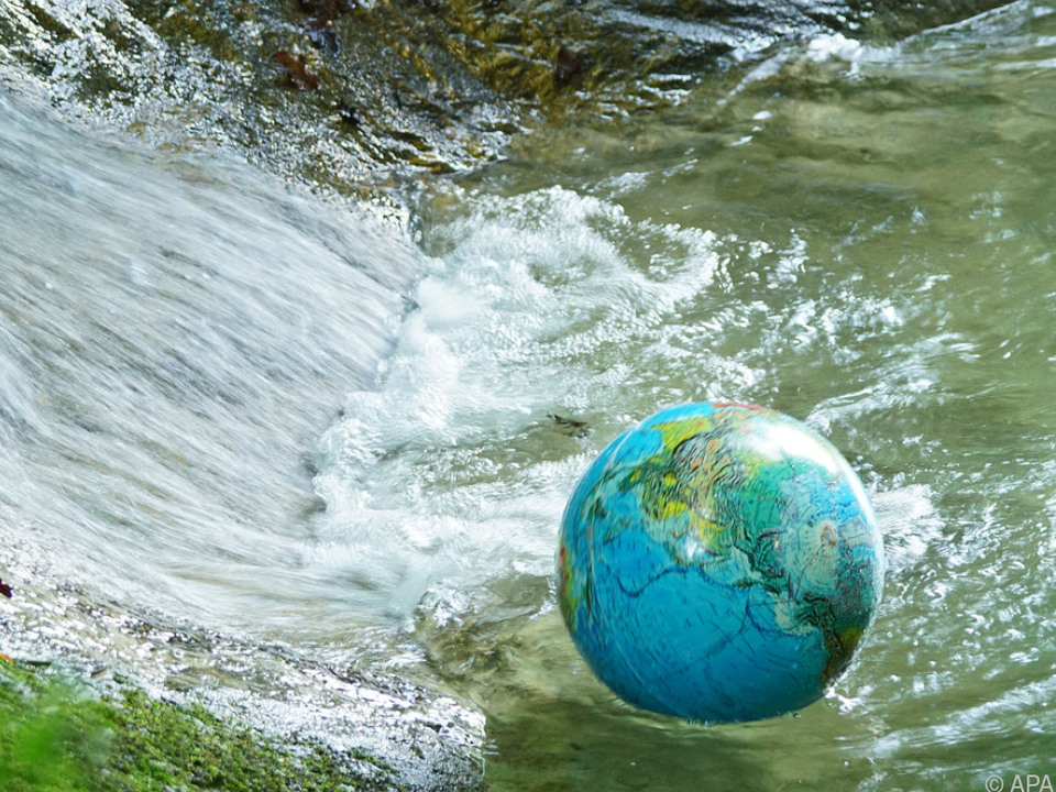 Ohne sichere Wasserversorgung drohen Mangelernährung und Krankheiten