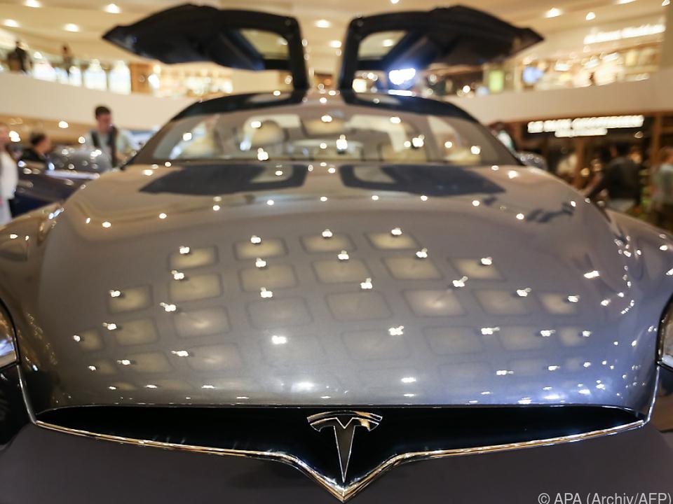 Preiserhöhung etwa beim Model X
