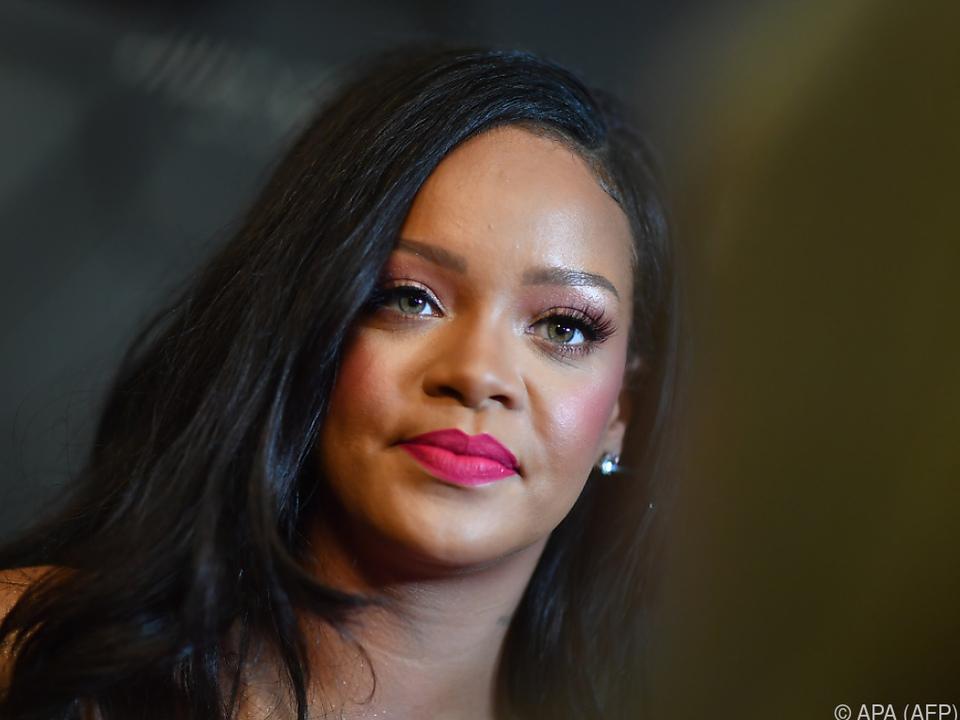 Rihanna fürchtet um ihren Ruf in der Kosmetikbranche