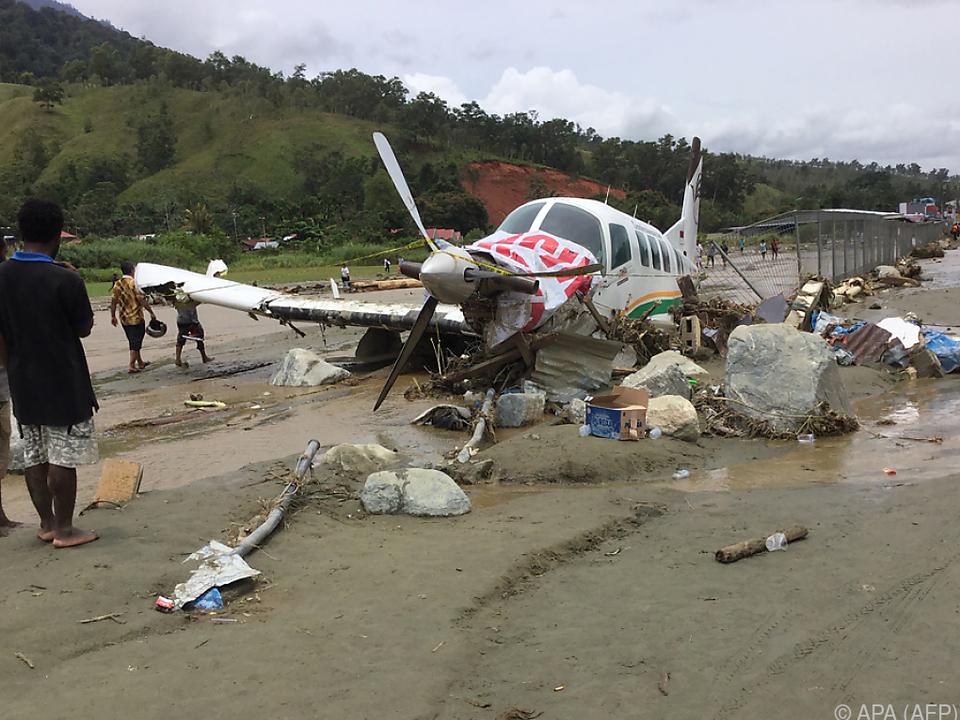 Sturzflut zog Spur der Verwüstung durch Papua