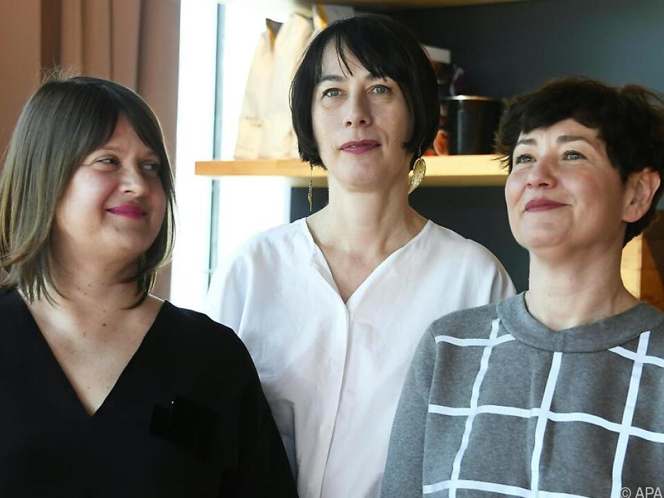WHW besteht aus Ivet Curlin, Sabina Sabolovic und Natasa Ilic