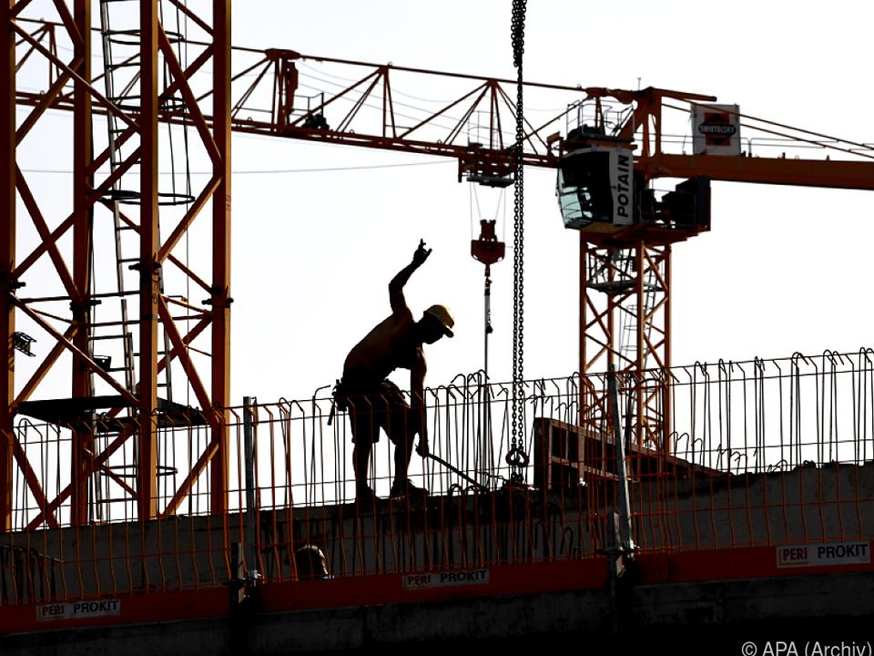 Wirtschaftswachstum schlägt sich auch am Arbeitsmarkt nieder