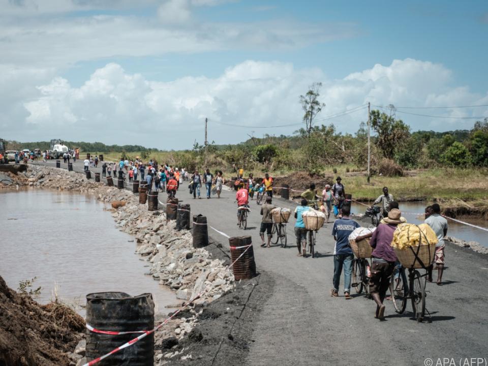 Zusätzlich werden Behandlungszentren für Cholera aufgebaut