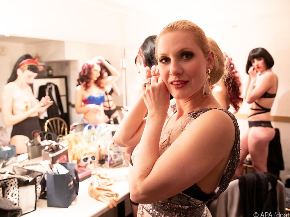 Am Wochenende lädt sie zum Hamburg Burlesque Festival