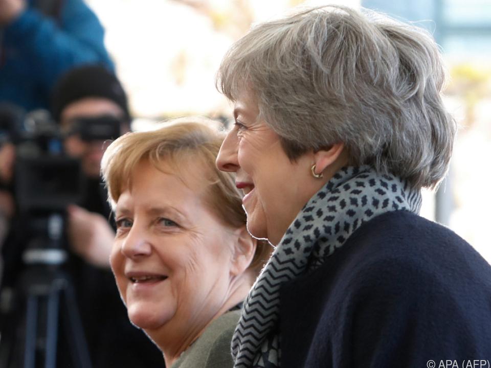 Angela Merkel empfing Theresa May in Berlin