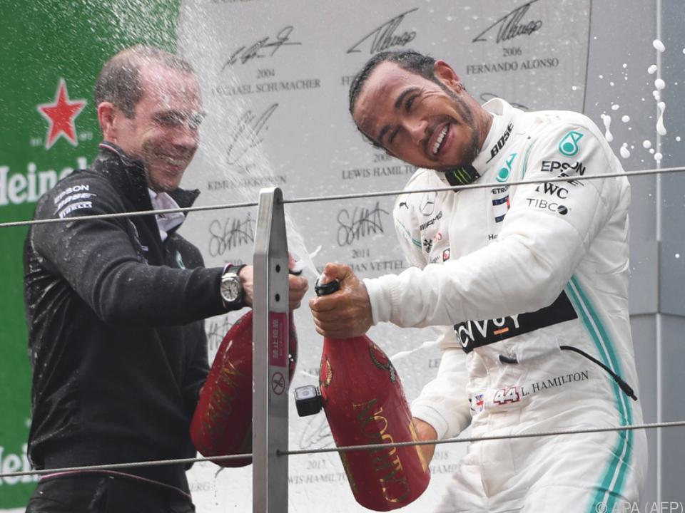 Das Mercedes-Team hat allen Grund zum Jubeln