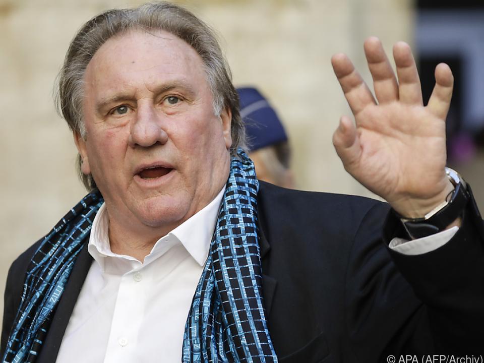 Depardieu sieht in Brand auch ein Zeichen der Zeit