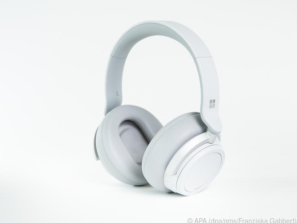 Die Headphones verbinden sich via Bluetooth 4.2 mit diversen Abspielgeräten