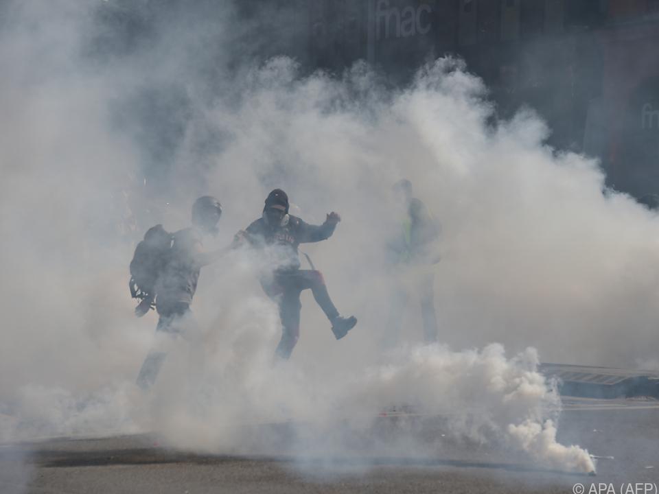 Die Polizei setzte in Toulouse Tränengas ein