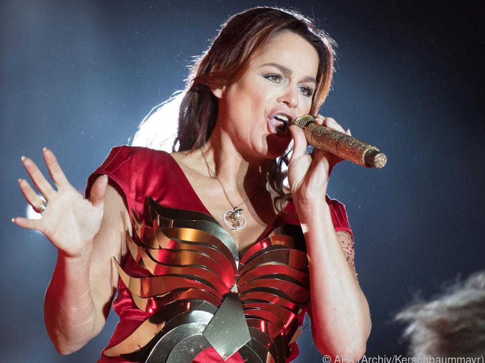 Die Sängerin hat zwei neue Songs mit Bohlen geschrieben
