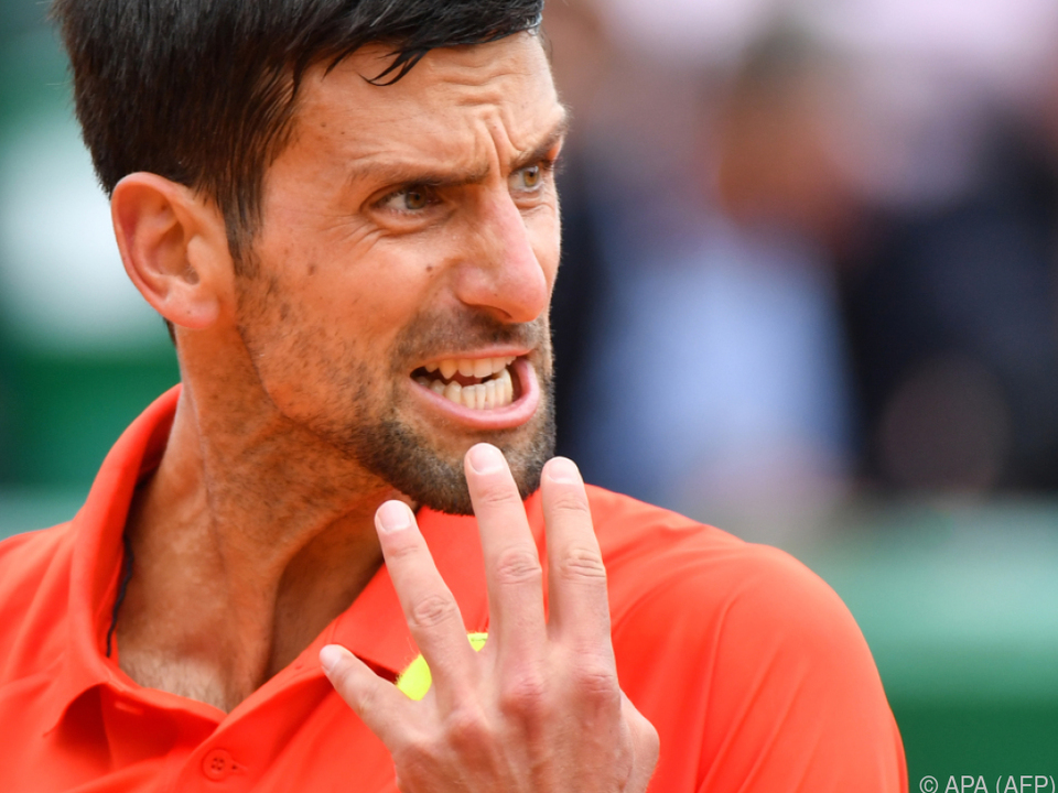 Djokovic setzte sich in drei Sätzen durch