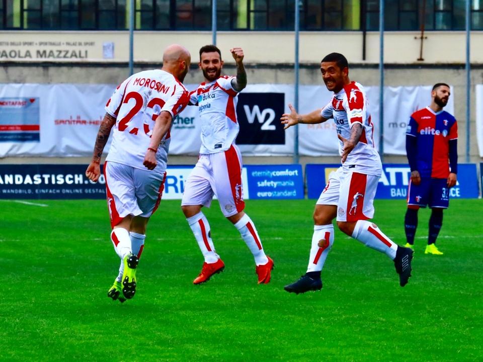 Esultanza gol di Morosini