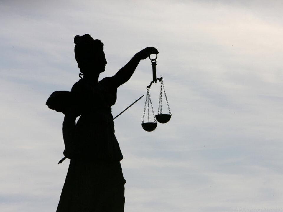 EU sieht polnische Justiz-Unabhängigkeit nicht gewährleistet