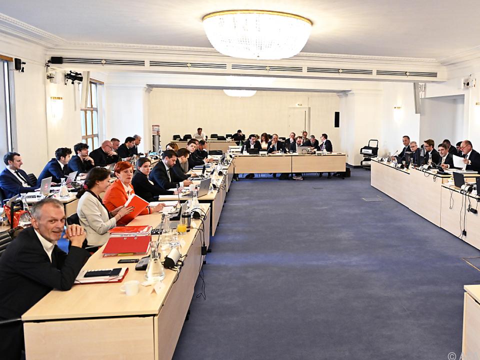 Eurofighter-U-Ausschuss im Parlament