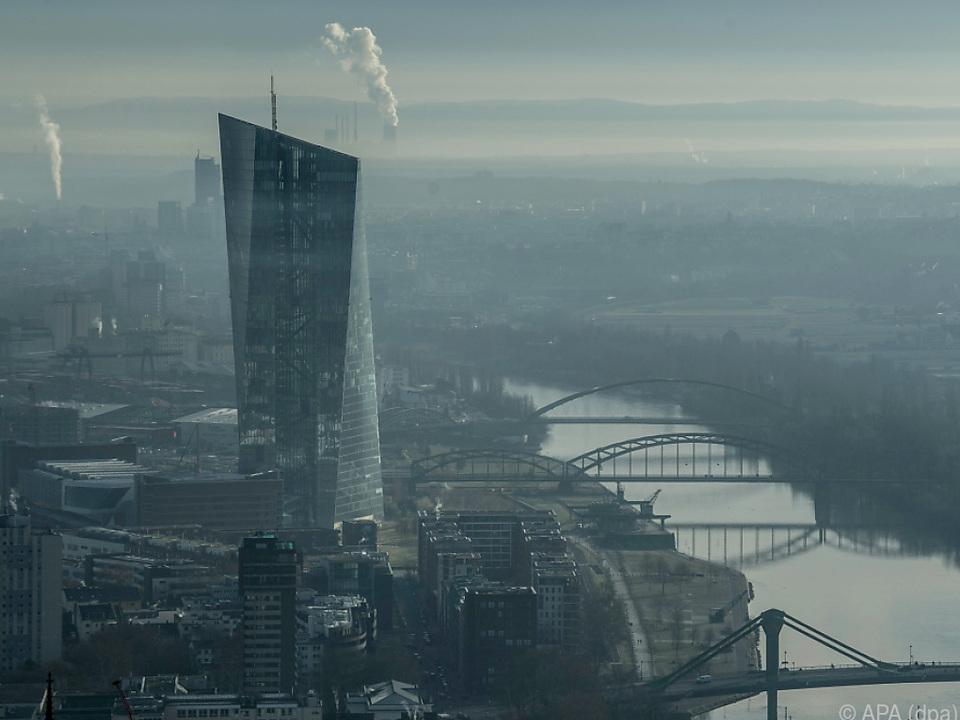 EZB rüttelt nicht am aktuellen Leitzins