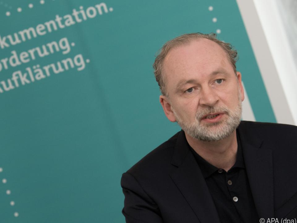 Ferdinand von Schirach bei der Präsentation der Studie in Berlin