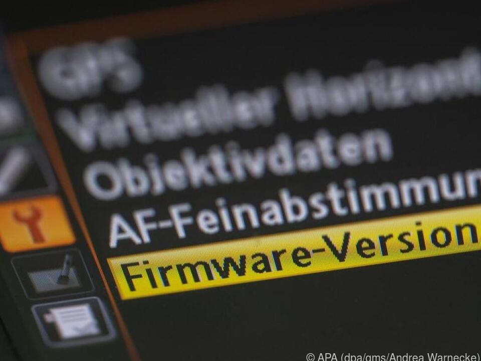In den Einstellungen des Geräts lässt sich die Firmware-Version nachschauen