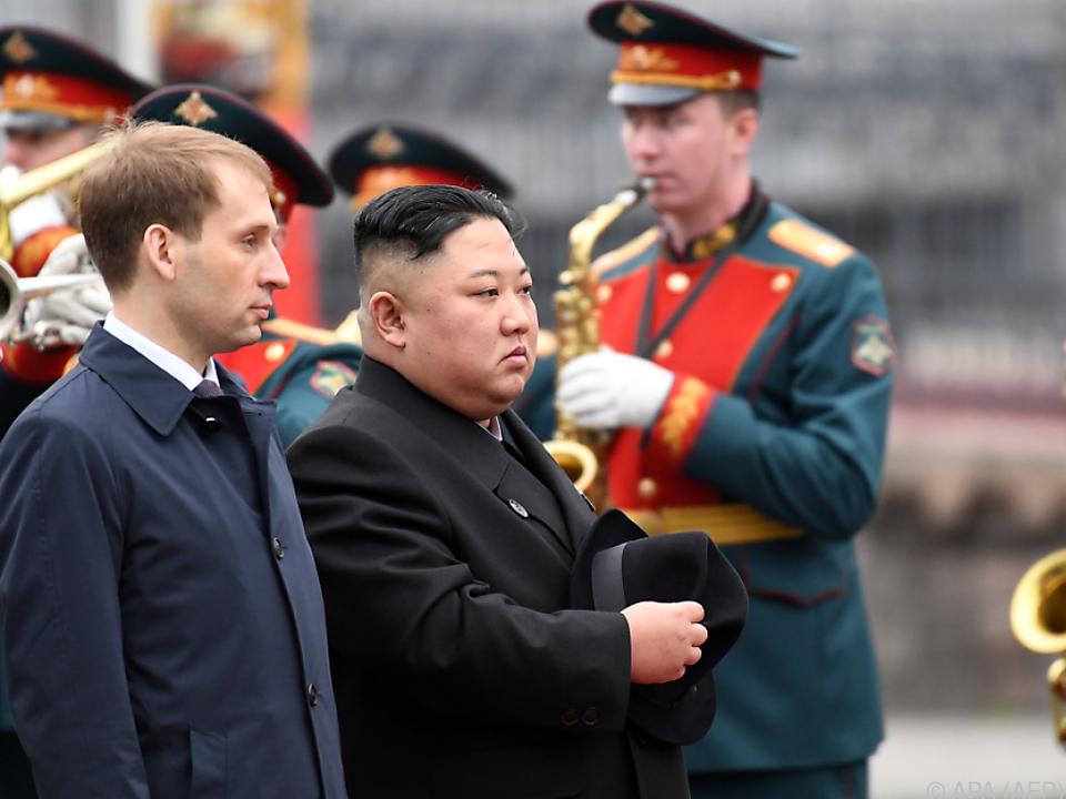 Kim Jong-un wurde in Wladiwostok in allen Ehren empfangen