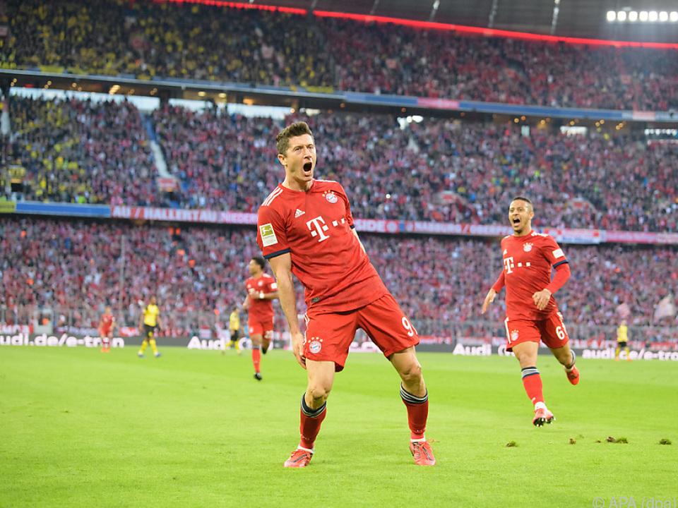 Lewandowski glänzte im Spitzenspiel mit einem Doppelpack