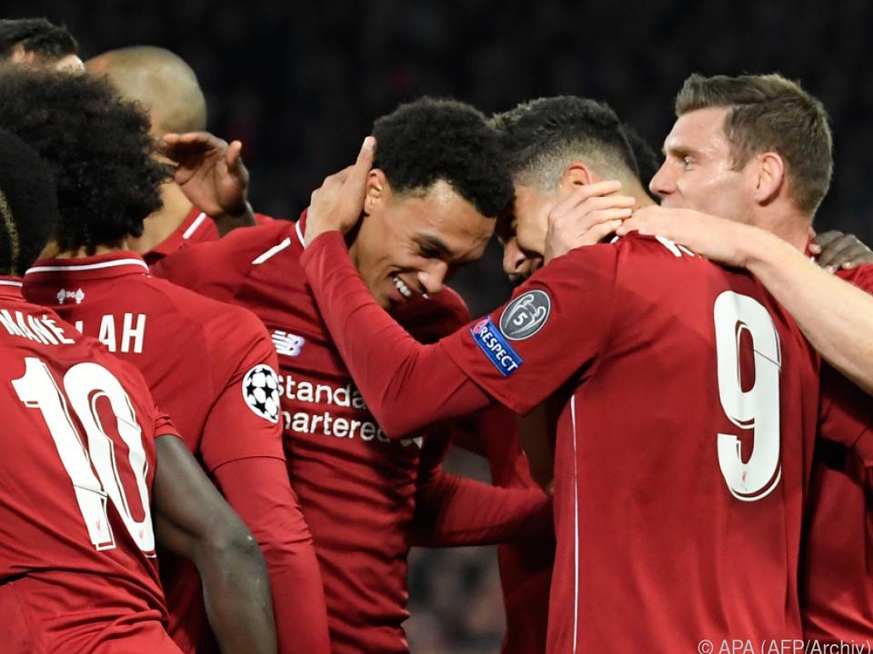 Liverpool führt auf Verfolger Manchester City zwei Zähler