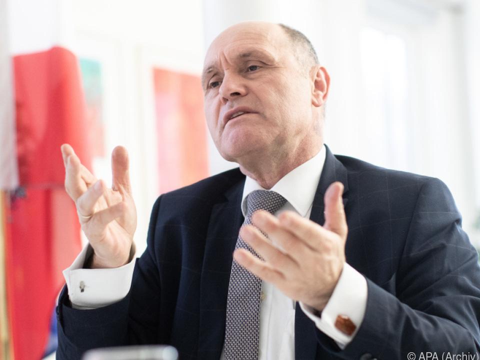 Sobotka fordert Trennungsstrich von jeder Partei