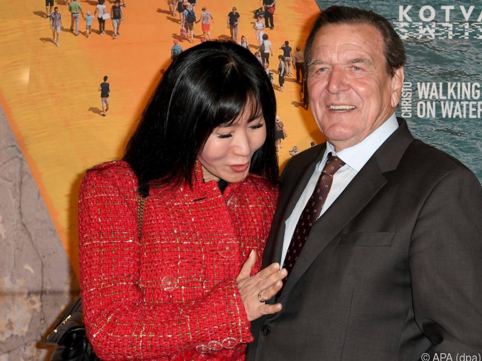 Soyeon Schröder-Kim achtet auf die Gesundheit ihres Mannes