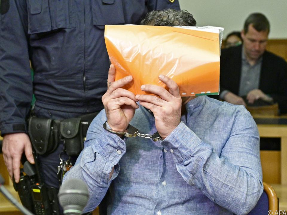 Urteil: Mord - der Schuldspruch fiel einstimmig aus