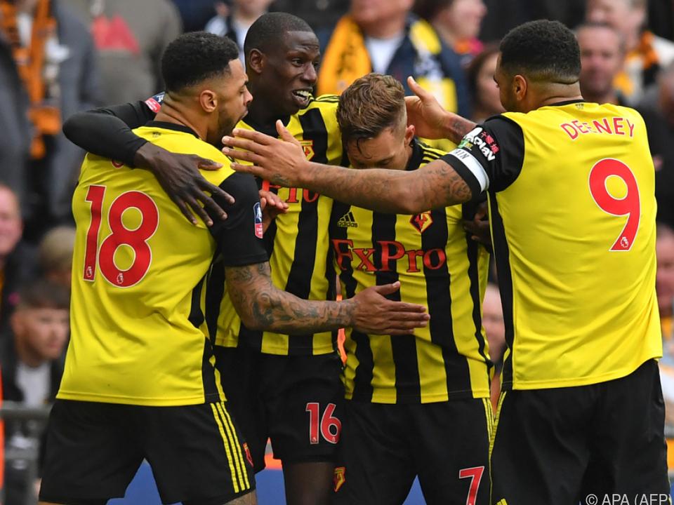Watford nach Sieg in der Verlängerung