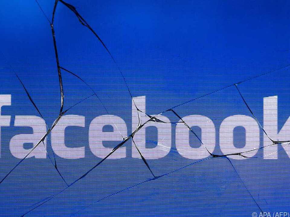 Weiträumige Störungen bei Facebook und Co