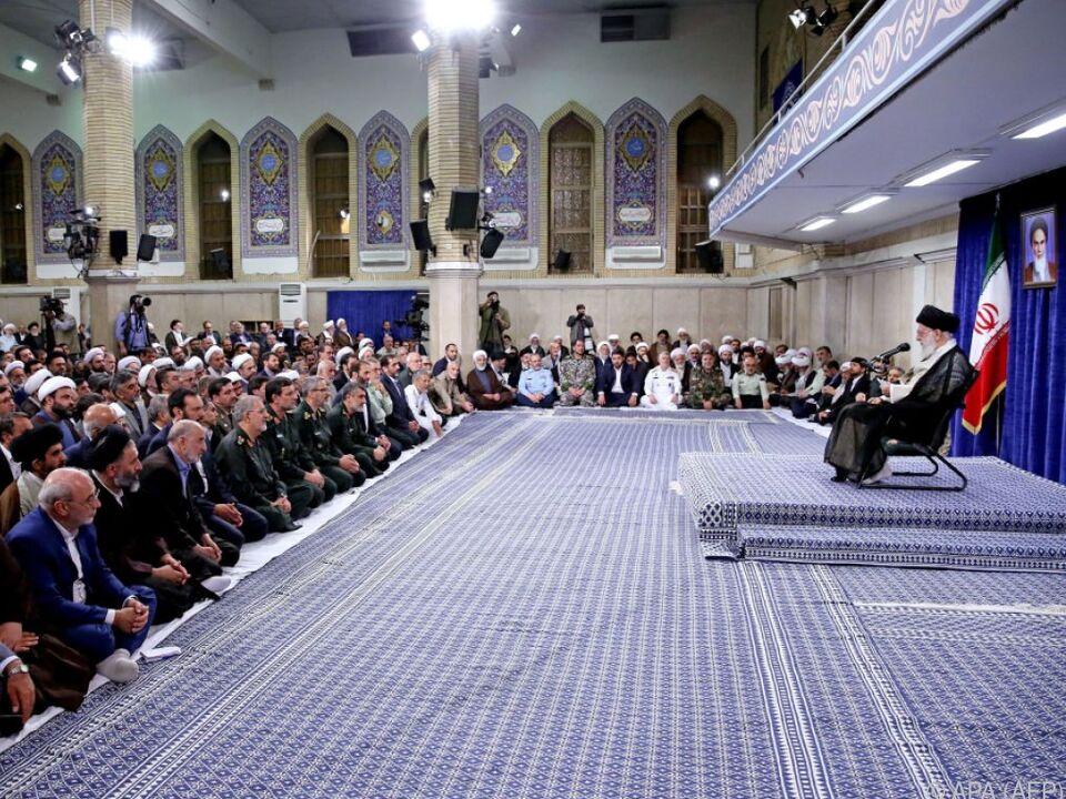 Ayatollah Ali Khamenei will nicht mit den Amerikanern verhandeln