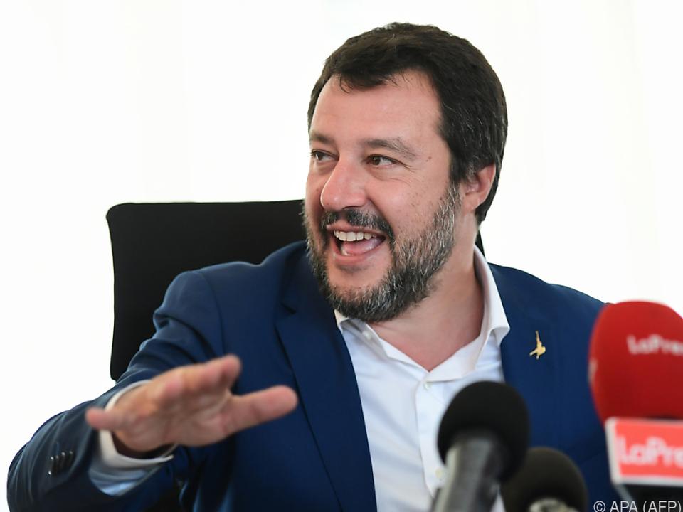 Der italienische Innenminister geht auf Konfrontationskurs