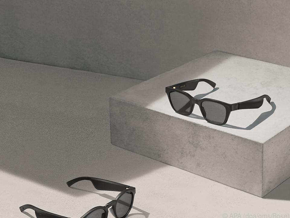 Die Bose-Frame-Modelle Rondo (links) und Alto kosten jeweils 230 Euro