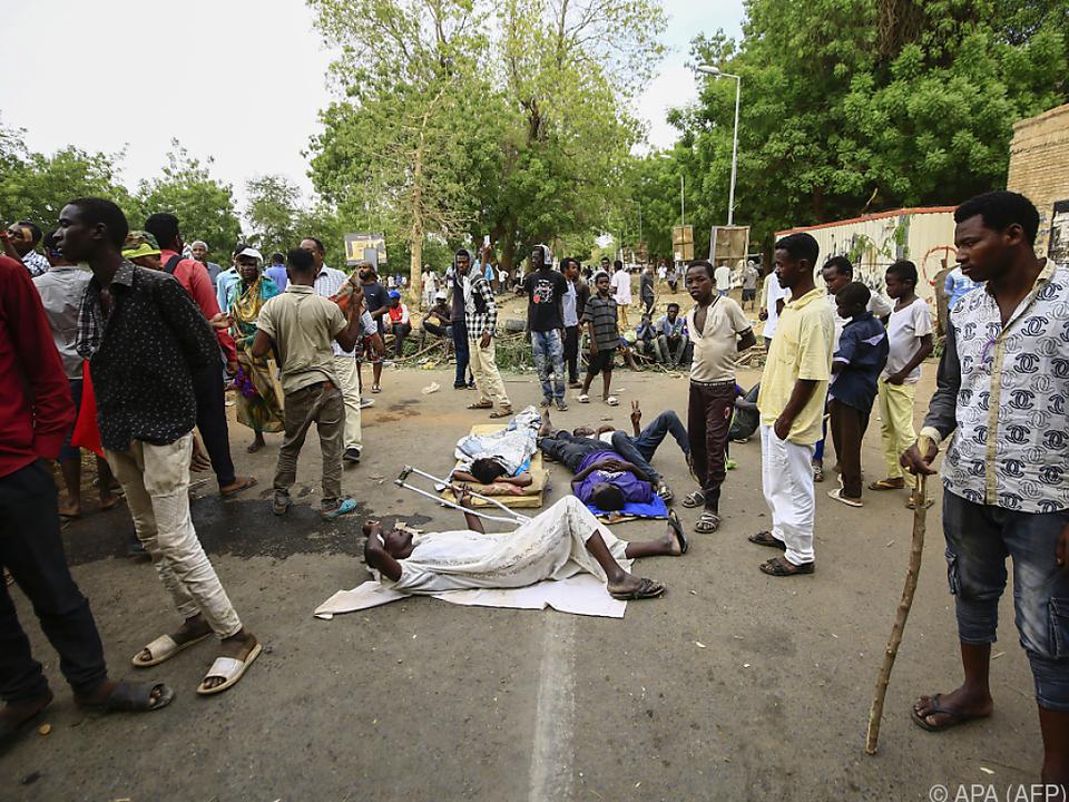Die Proteste dauerten einige Woche an