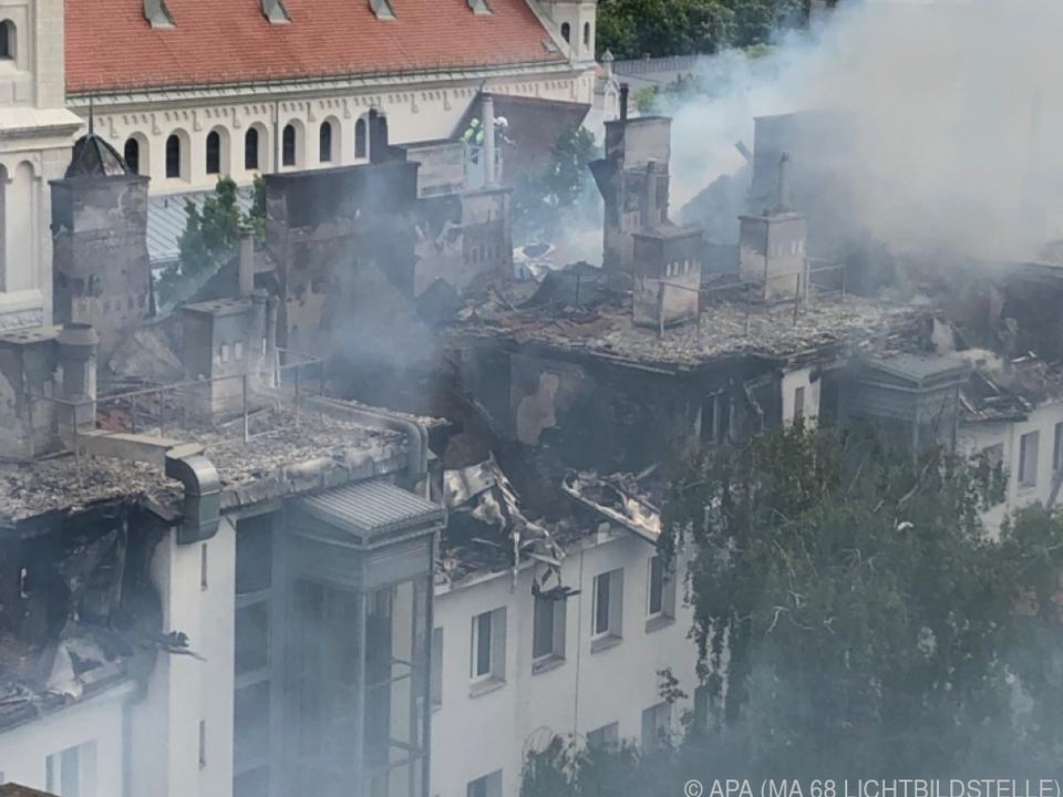 Die Ursache der Feuerkatastrophe ist noch unklar
